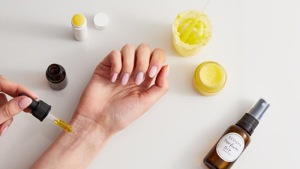 Perfumy DIY - zasady tworzenia kompozycji zapachowych